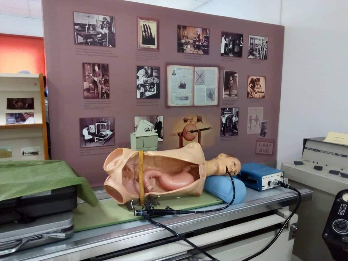 Επισκεψη μαθητων του 5ου Γενικου Λυκειου στην Ιατρικη Σχολή Ηρακλειου