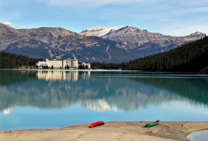Lake Louise accommodation