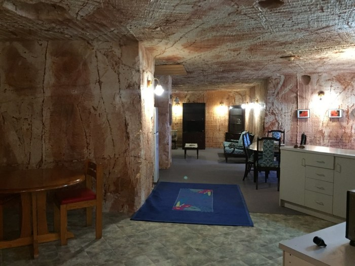 where to stay Coober Pedy