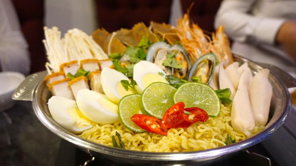 Royal Thai hotpot