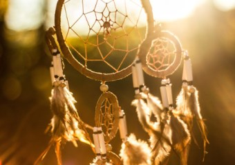 dreamcatcher in setting sun