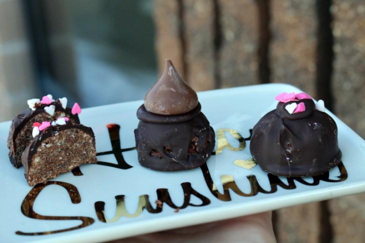 Chocolate Cake Balls from 5starcookies - the best cake balls