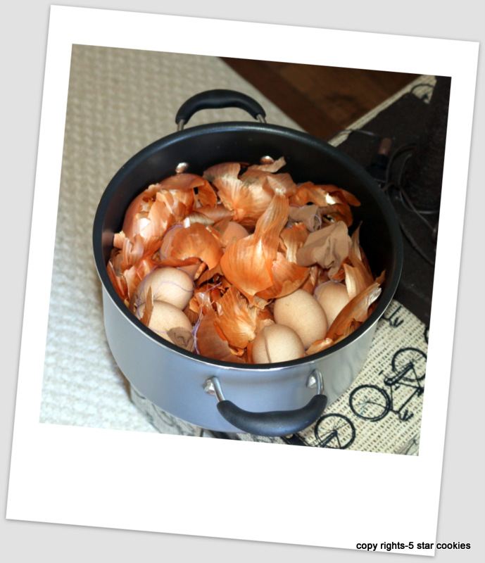 naturally dyed eggs using onion skin 5starcookies food blog eggs in the pot