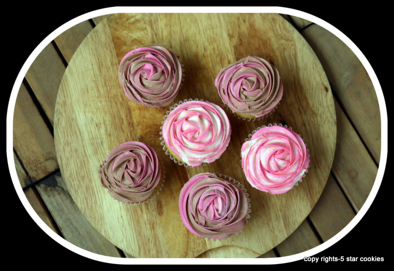 vanilla cupcake and frosting from the best food blog 5starcookies -all cupcakes