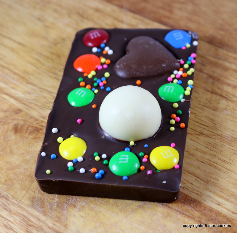 Valentine Love Chocolate from the best food blog 5starcookies - Dark Chocolate in mold