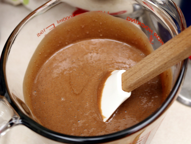 Nutella Red Wine Pot de Creme from the best food blog 5starcookies-be sure all ingredients are mixed well