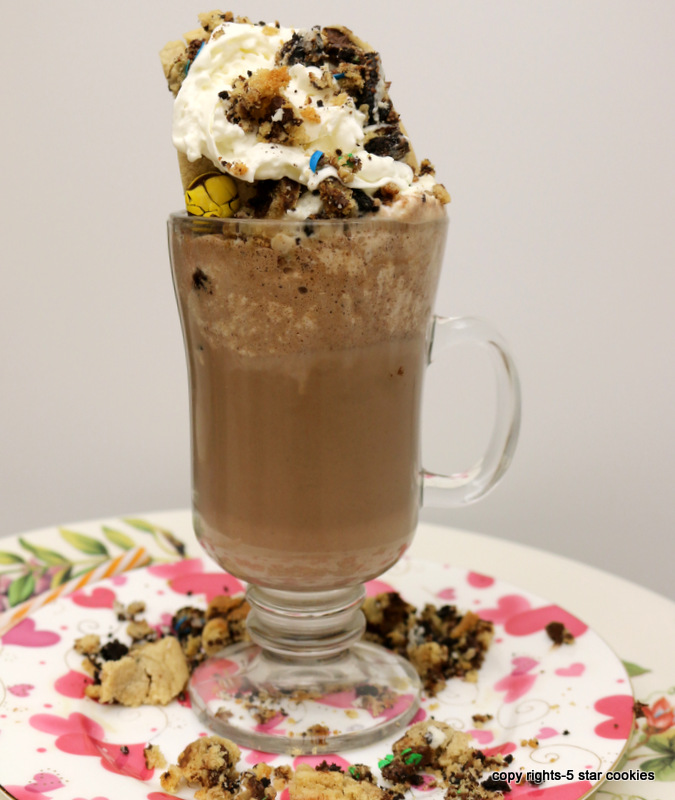 Chocolate Chip White Coffee Drink from the best food blog 5starcookies