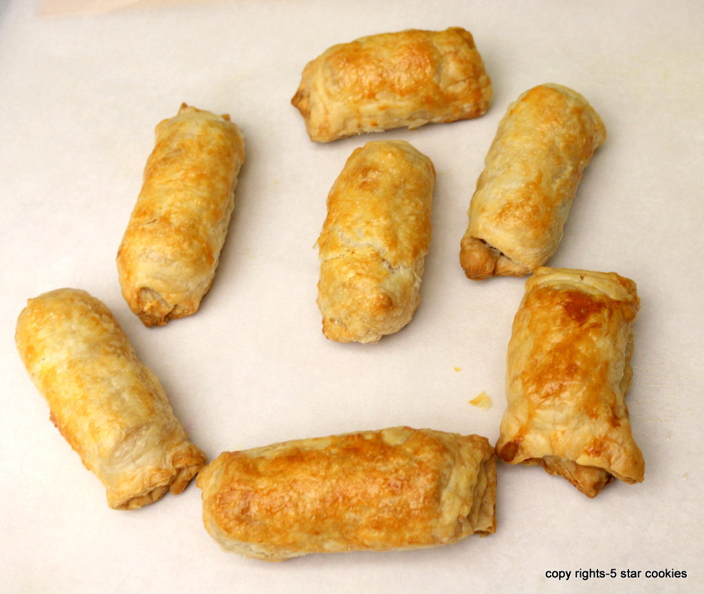 Pigs in a blanket from the best food blog 5starcookies - enjoy and share