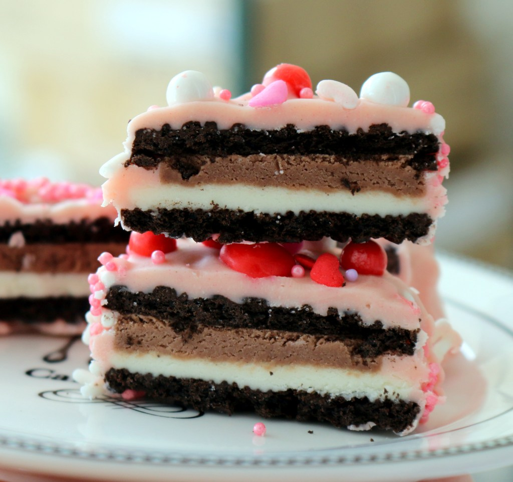 Pink Love Oreo from the best food blog 5starcookies-enjoy   this recipe an any angle