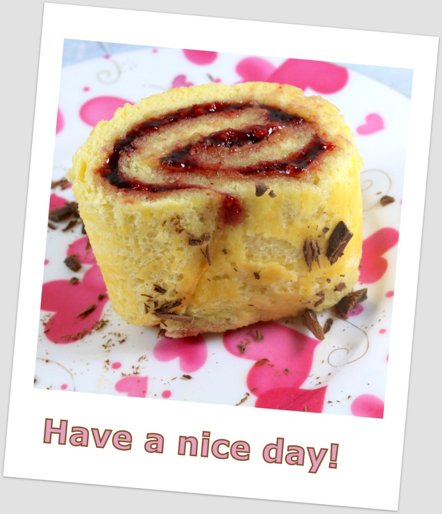 Raspberry Roll Cake from the best food blog 5starcookies - enjoy, share and have a nice day