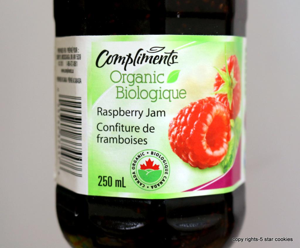 Raspberry Roll Cake from the best food blog 5starcookies - organic raspberry jam