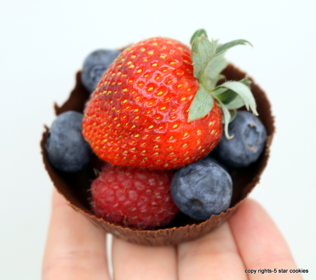 Homemade chocolate cups from the best food blog 5starcookies