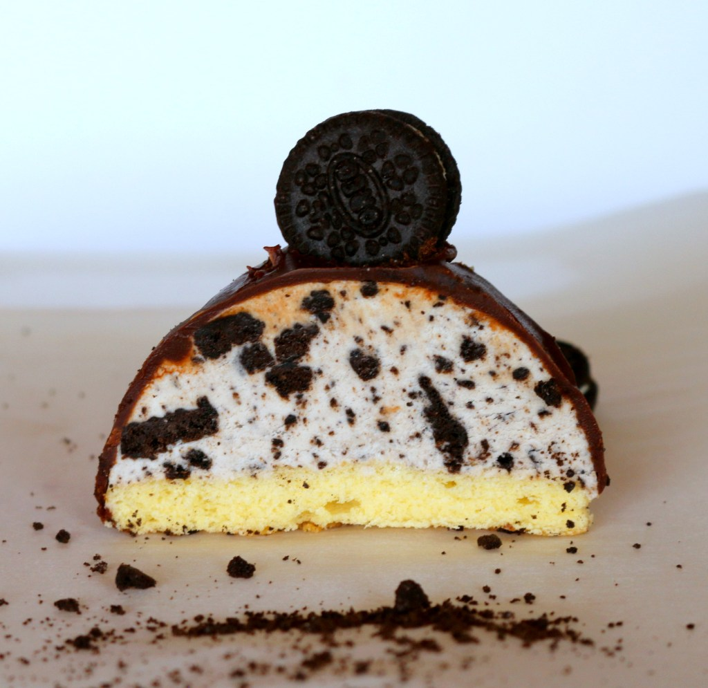 Oreo chocolate bombes from your best food blog 5starcookies-enjoy and share the best Oreo recipe