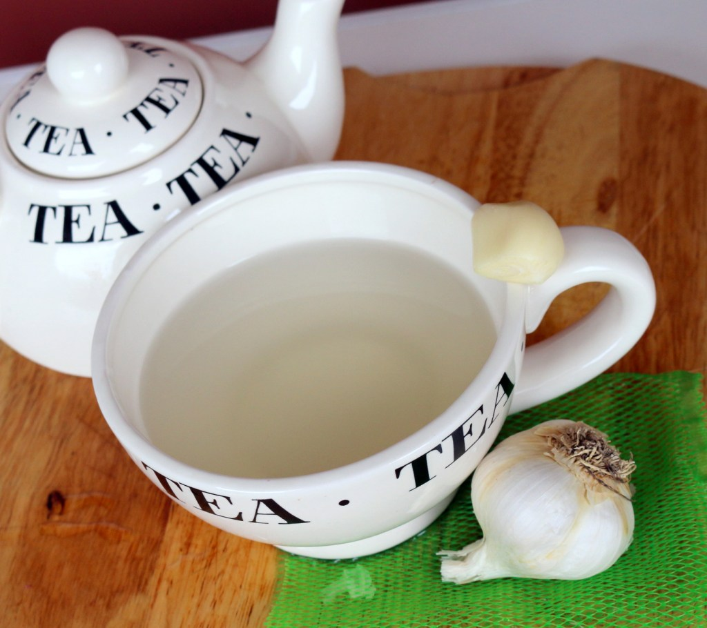 garlic tea from the best food blog 5starcookies -drink to get rid of urinary track infection