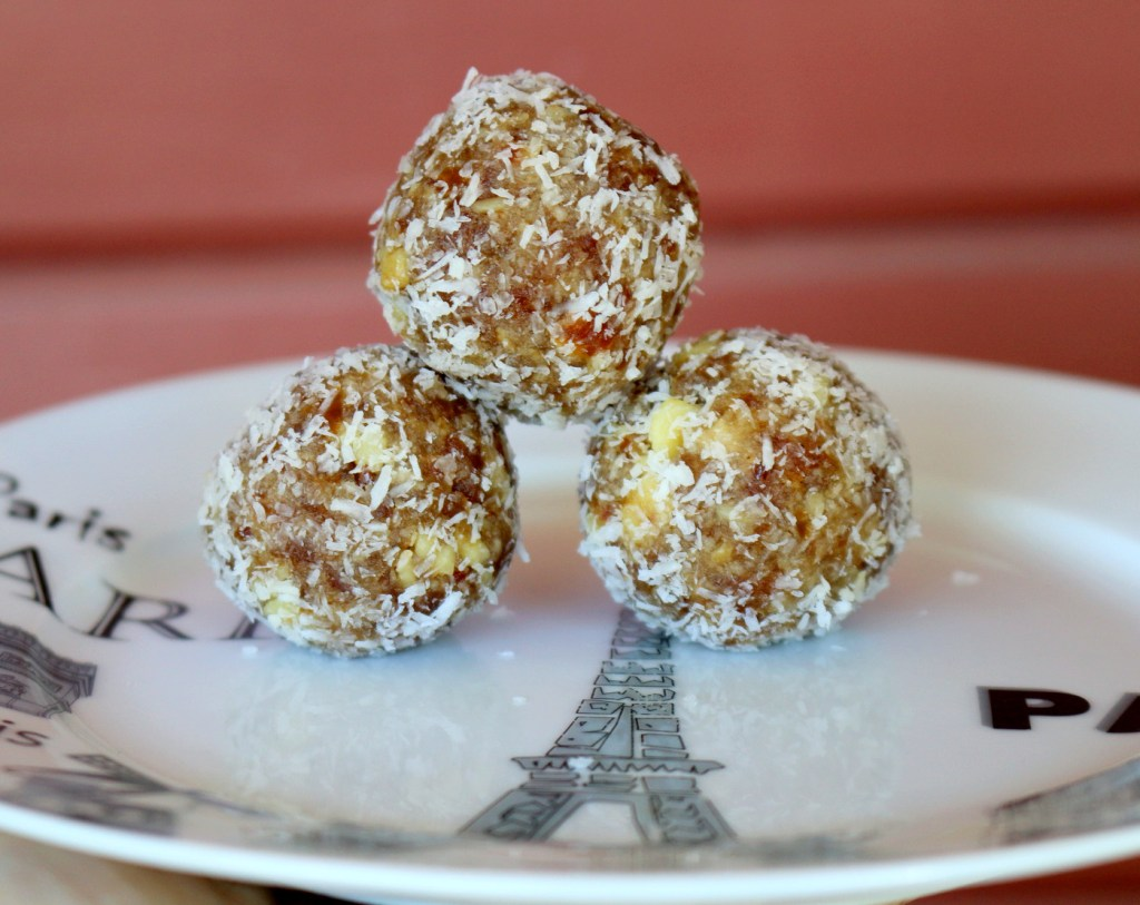 Walnut Date Coconut Bites from the best food blog 5starcookies-super easy recipe to make