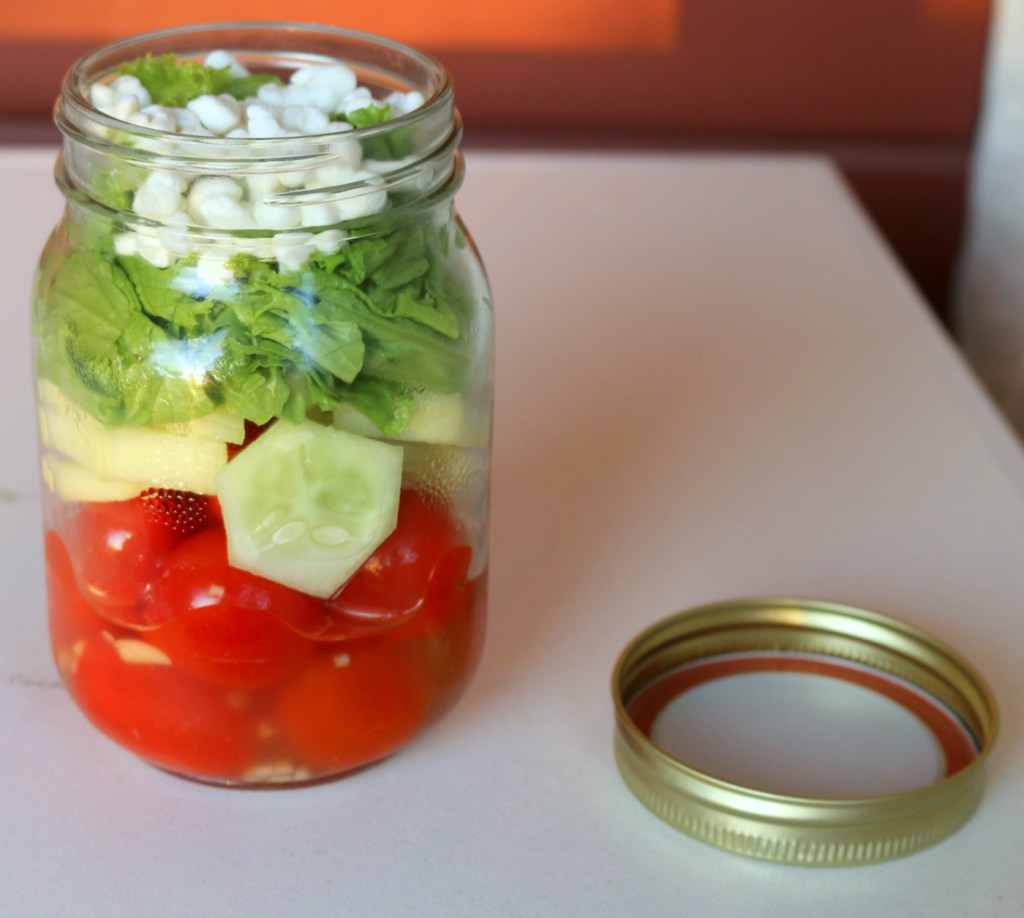5 star salad in a jar-enjoy and share in your office