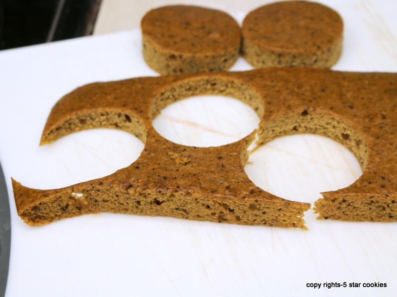 pumpkin chocolate bombes - cut 12 circles from pumpkin cake