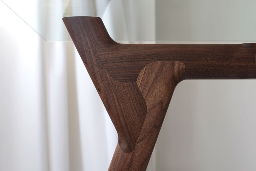 Delupo_Scott-Jarvie_Y_TaBle_joint-detail-straight