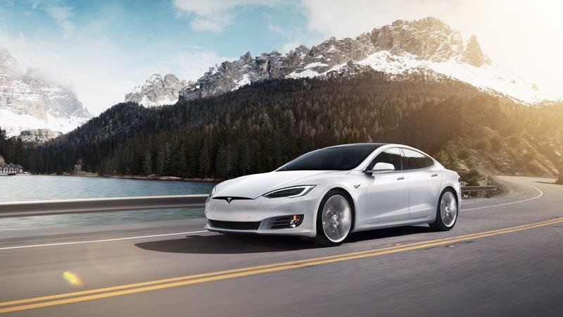 Tesla-Model-S-coches-electricos-del-salon-del-automovil-de-Madrid-22