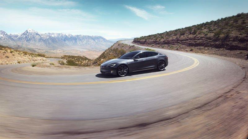 Tesla-Model-S-coches-electricos-del-salon-del-automovil-de-Madrid-23