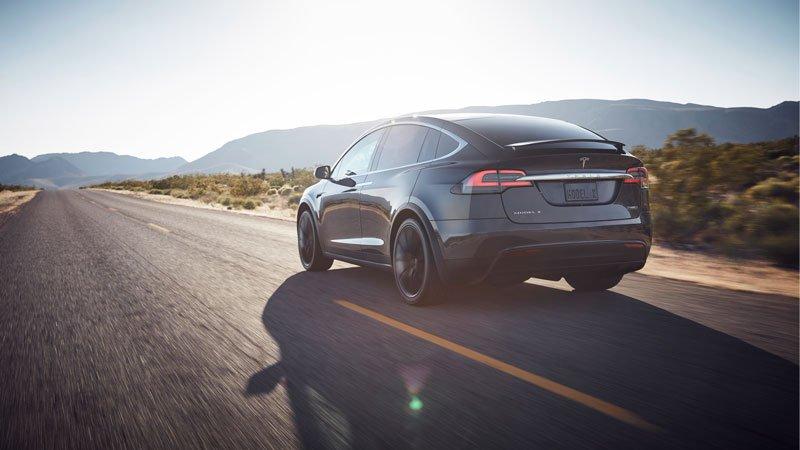 Tesla-Model-X-coches-electricos-del-salon-del-automovil-de-Madrid-7