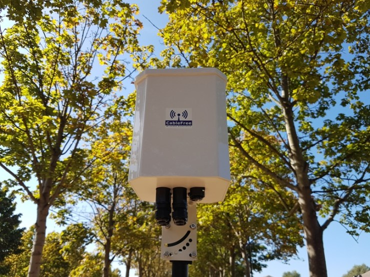 CableFree SmartNode 60GHz V-Band Radio