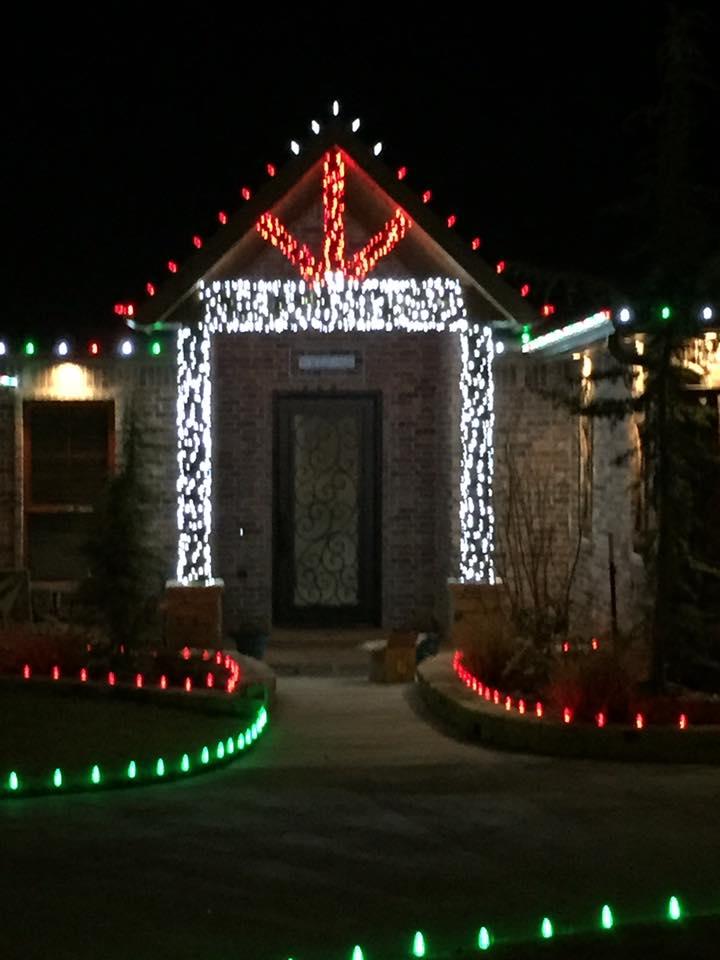 Christmas Lights 15078532 1464502796893519 9123491737673297510 n