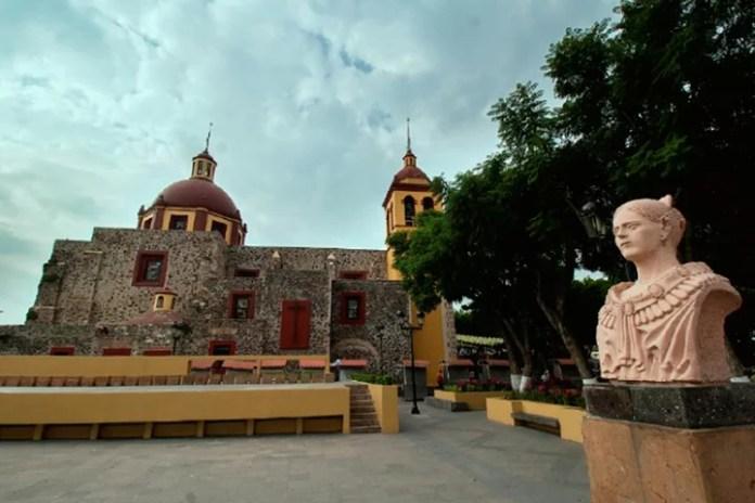 A 80 años, Corregidora crece y conserva sus tradiciones, señala Roberto Sosa