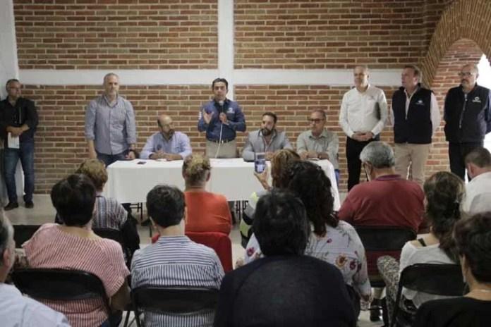 Se compromete Roberto Sosa a atender peticiones de movilidad