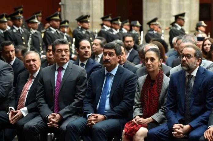 Asistió Francisco Domínguez al Primer Informe del presidente de la República