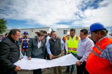 GobQro y SHCP supervisan avance en la modernización de la Carretera Estatal 210