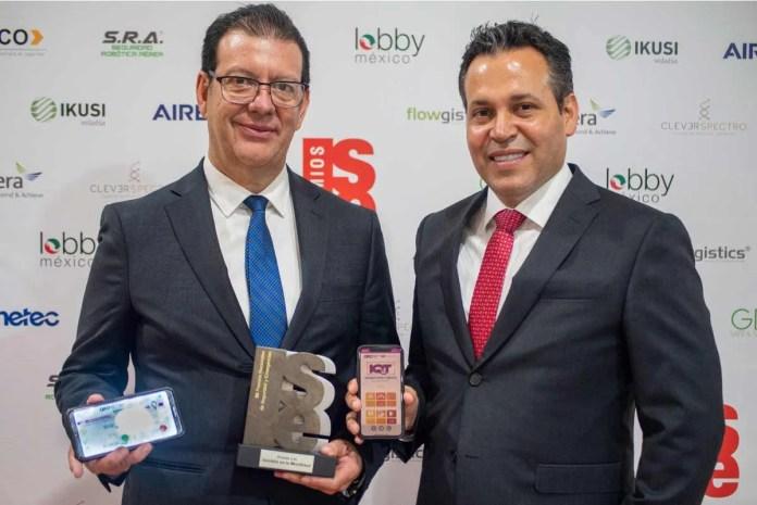 App de QroTaxi recibe premio nacional por