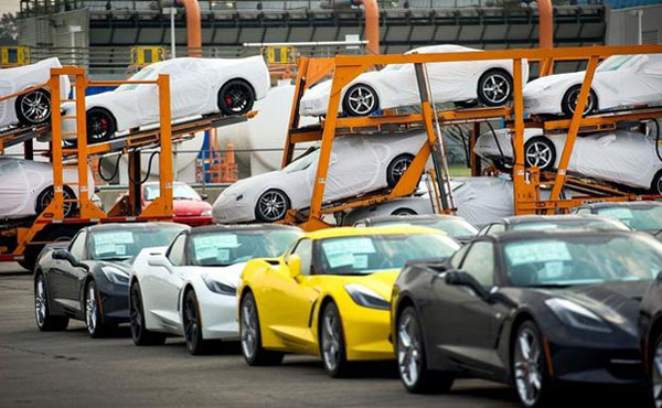 C7 Chevy Corvette Stingray Ships to Dealers Home