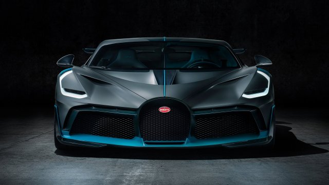 Bugatti Divo Chiron Hypercar Pebble Beach News 6SpeedOnline.com