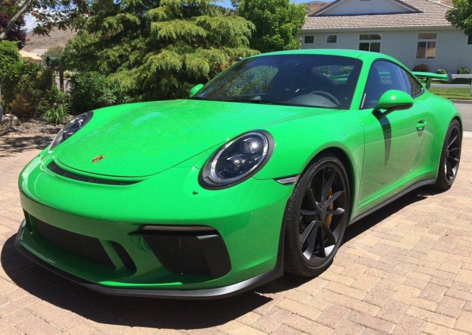 2018 Porsche 911 GT3 Front in Viper Green