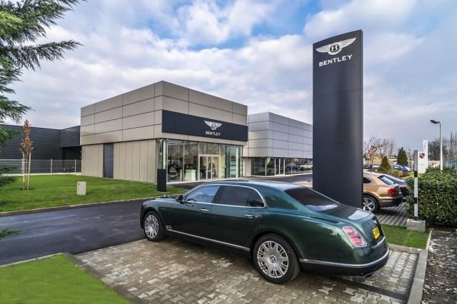 Bentley Budapest Showroom