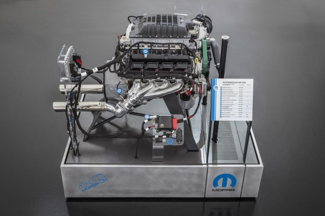 1000 Horsepower Mopar Hellephant Crate Engine