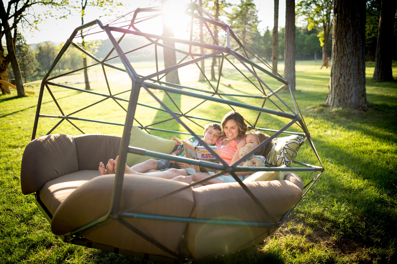 hanging tree swing chair black covers ebay kodama zomes geodesic homes for lazing the summer
