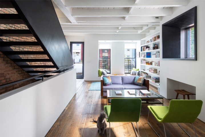 INTERVIEW noroof Architects on Tackling Tiny Apartment