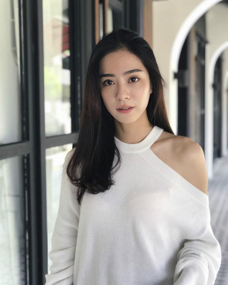 【6upoker】大馬氣質正妹Eunice Qing 完美身材秀超狂馬甲線 | 6up撲克中文網