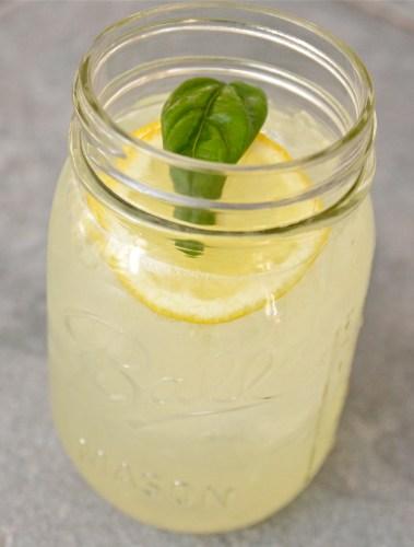 Homemade Lemonade - 719woman.com