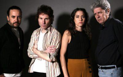 Antonio Dechent y Rubén Ochandiano hablan de 'Hombre muerto no sabe vivir' en la Alfombra roja de los Goya