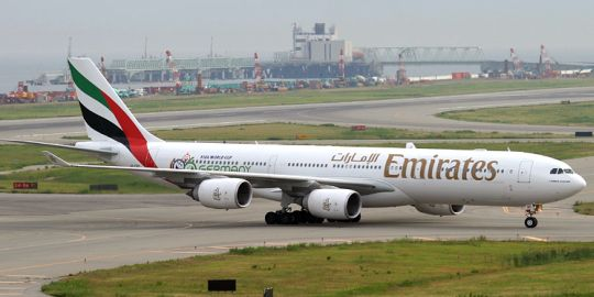 airlines-emirates-02