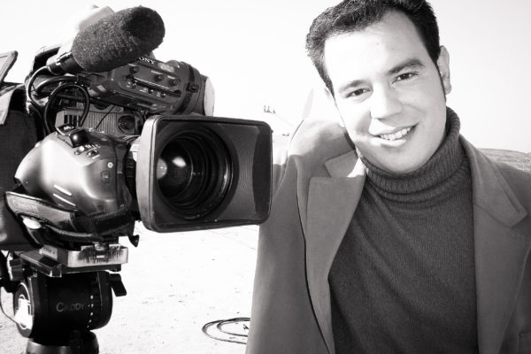 https://i0.wp.com/www.77p.es/wp-content/uploads/Fotos-77p-Adolfo-como-periodista-6-de-26-600x400.jpg?resize=600%2C400&ssl=1
