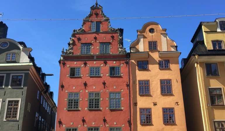 Prédios antigos do Gamla Stan, Estocolmo.