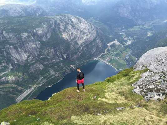 Best hikes Kjerag hike