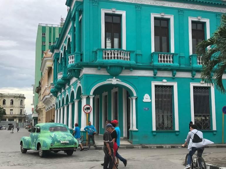 how to get a cuban passport