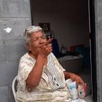 A sus 80 años, San Juana sufre maltrato y abandono