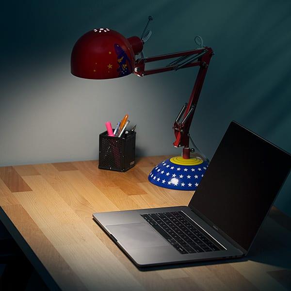 Wonder Woman Architect Desk Lamp  7 Gadgets
