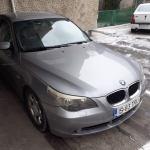 Andrei Bratan vine la noul loc de muncă cu mașina lui Petru Avram